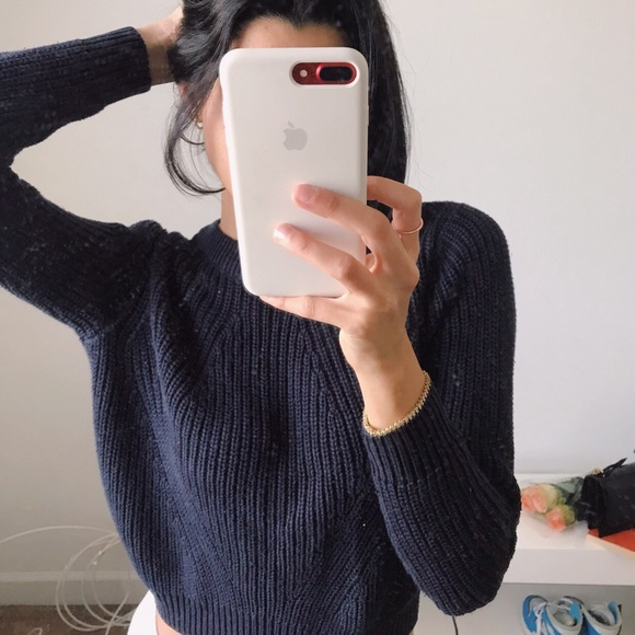32673054 Knitted sweater